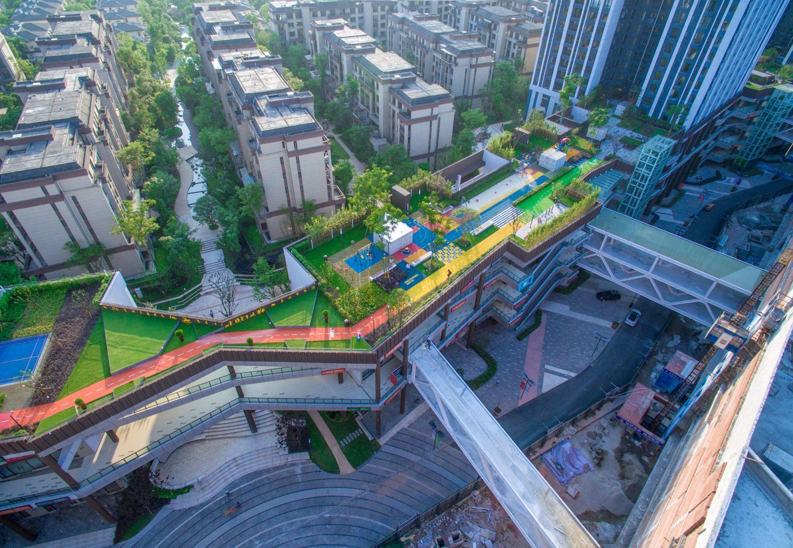 2016新世纪娱乐专业奖参赛项目:龙湖U城天街屋顶花园
